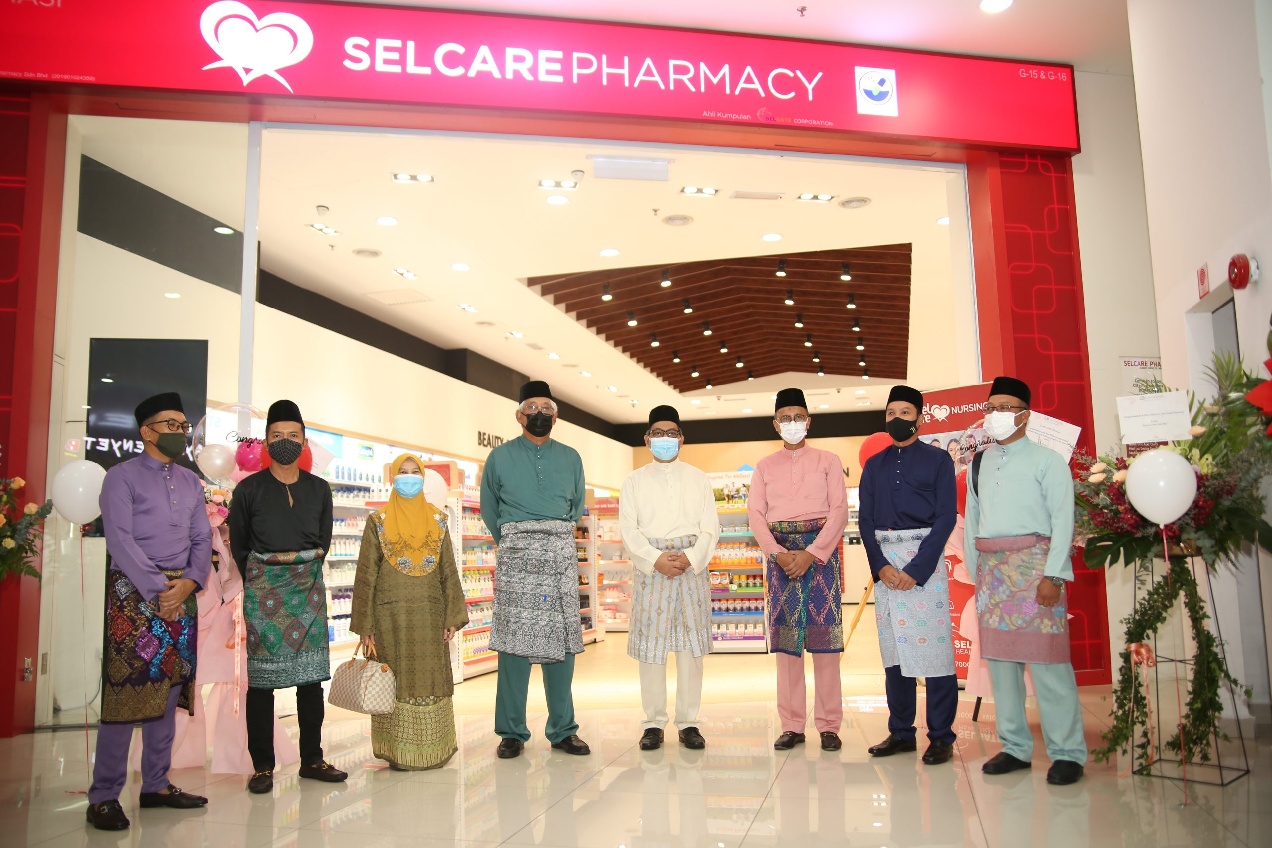 Second SELCARE Pharmacy Outlet Launched in Evo Mall, Bangi